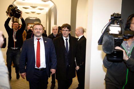 Carles Puigdemont møder danske folketingsmedlemmer